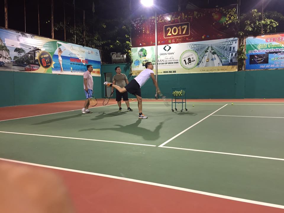 Khóa Học Tennis Nâng Cao