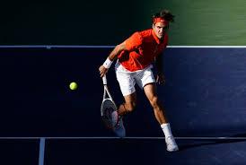 Các cách cầm vợt tennis cơ bản