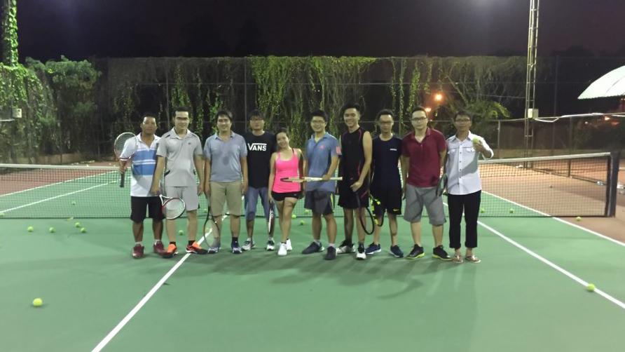 Khóa Học Tennis Trọn Gói Giá Rẽ