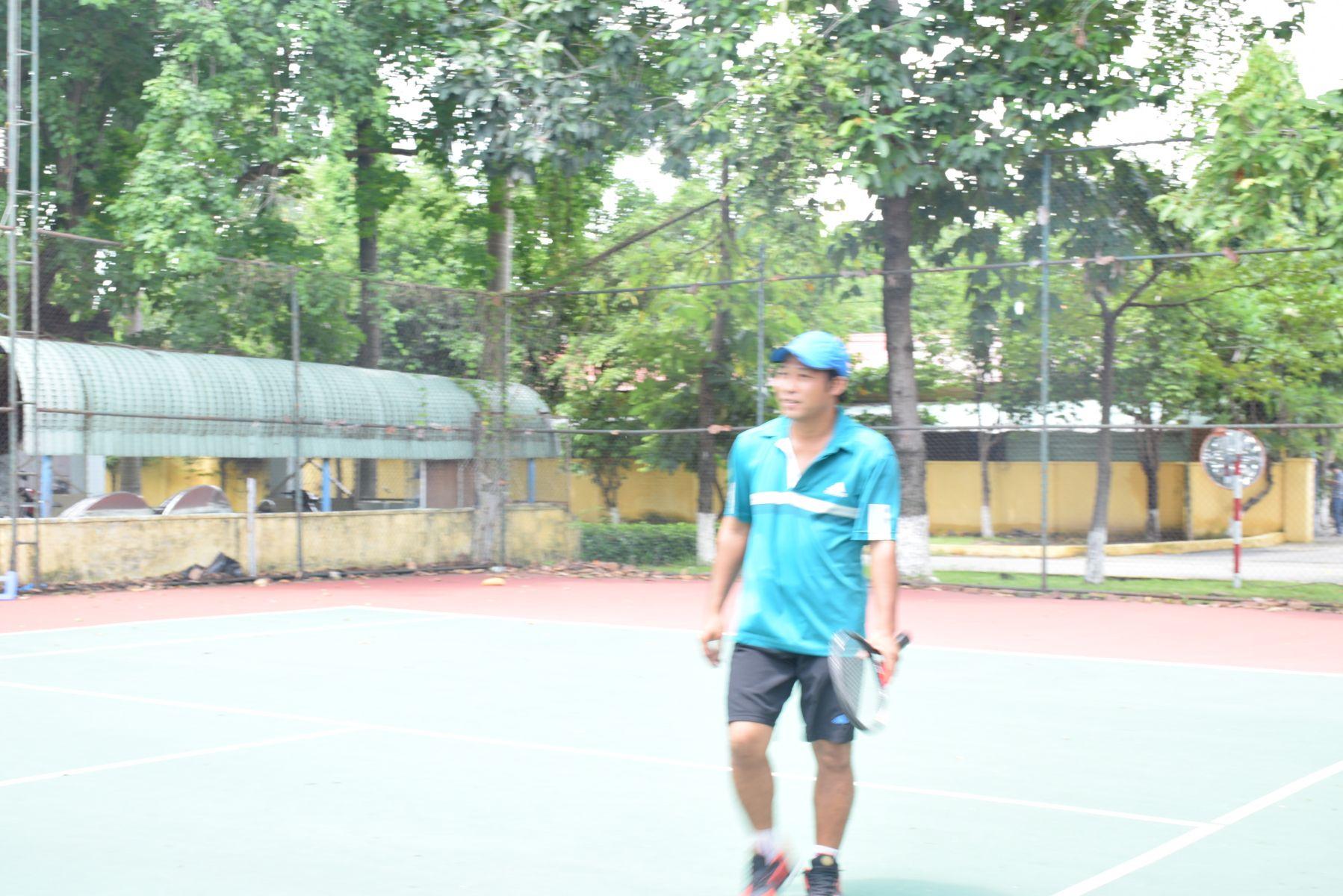 học tennis quận 10 tphcm