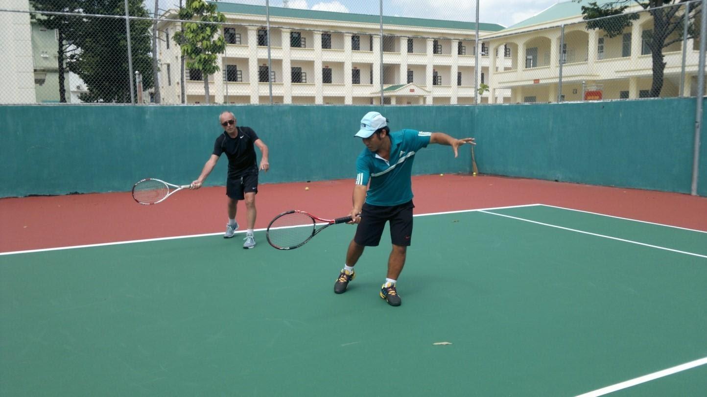 Kết quả hình ảnh cho Dạy tennis quận 2